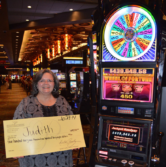 Mississippi Woman Wins Nearly Half Million Dollars at the Palace!