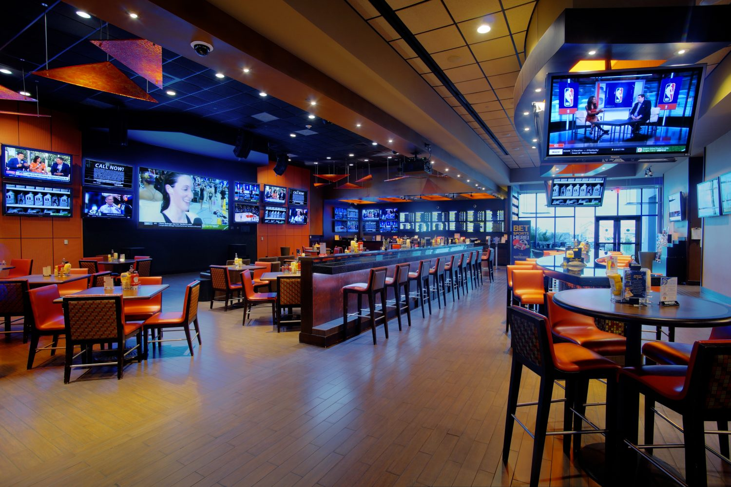 contact lounge and sports book